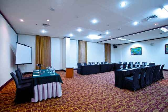 Hotel Aryaduta Makassar - Anggrek Room  Capacity: 80 - 100 persons  Located: Lobby Level