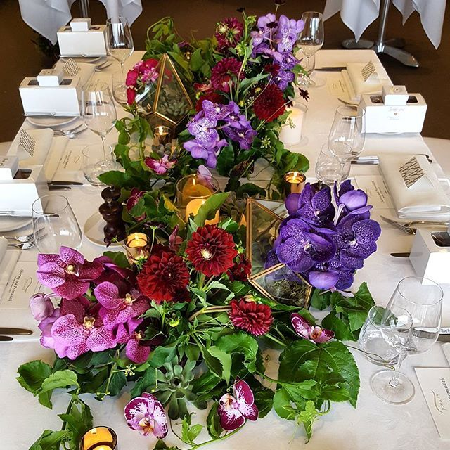 Beautiful lush garden we created for the Bridal table decoration for this wedding.