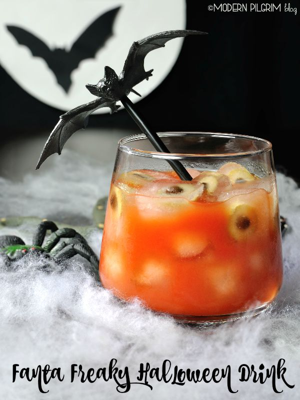 17 best images about spooktacular halloween on pinterest for Easy alcoholic punch recipes for halloween