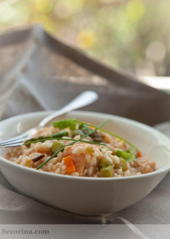 Risotto de salmón y espárragos al lemon-grass - Receta - Secocina