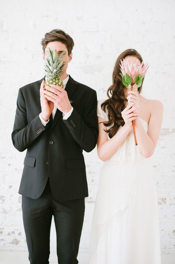 modern tropical wedding inspiration - photo by Blush Wedding Photography http://ruffledblog.com/modern-tropical-wedding