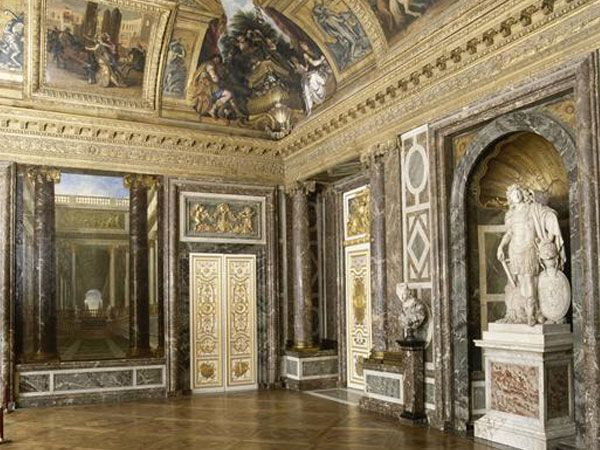 56 best schloss versailles images on pinterest for Salon coiffure louis xiv