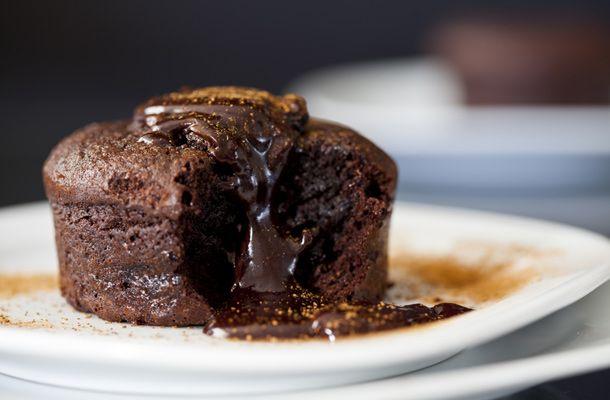 Így készítsd otthon a csupa csokis lávasütit | femina.hu