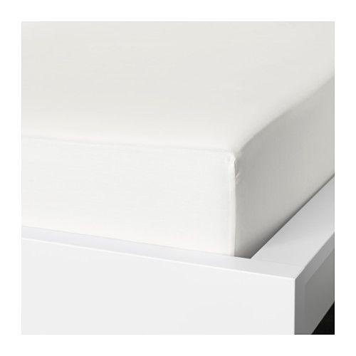 IKEA - NATTJASMIN, Dra-på-lakan, 90x200 cm, , Satinvävda lakan av bomull/lyocell är mycket mjuka och behagliga att sova i, och har en tydlig lyster som gör att de ser vackra ut i din säng.Blandningen av bomull/lyocell suger upp och för bort fukt från din kropp och håller dig torr hela natten.Passar madrasser med en tjocklek upp till 26 cm eftersom dra-på-lakanet har resår runt om.
