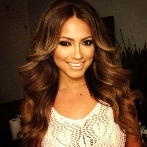 .@Patrick Ta | Glammed @jessicaburciaga Tonight! #bronzy #highlight #contour