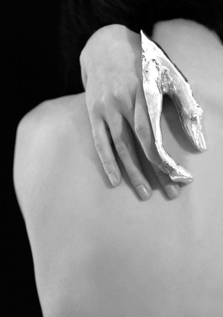 Silver Hand Adornment - wearable art, conceptual jewellery design // Danyi Zhu