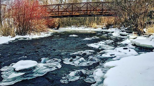 #etobicokecreek #river #frozen #ice #snow #bridge #flowing #stream #winter #park #iphone7plus #iphonephoto #iphonephotography #sauravphoto