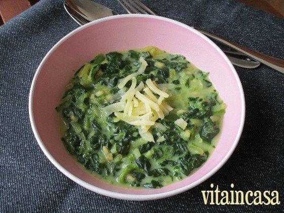Zuppa di spinaci al latte