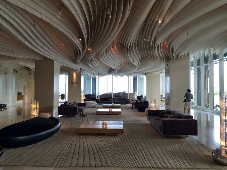 DeChicaholic: Hilton Pattaya