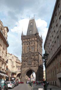 Tour Poudrière, Prague