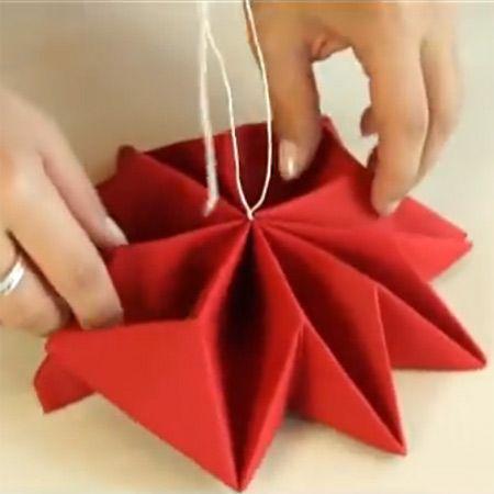 1000 images about pliage de serviette de table on - Pliage serviette noel flocon ...