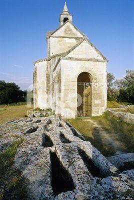 Necropolis, chapel, Montmajour Abbey, Arles, Bouches-du-Rhone, Provence, Southern France, France, Europe, Numer utworu: IBR0164343, Fotochannels