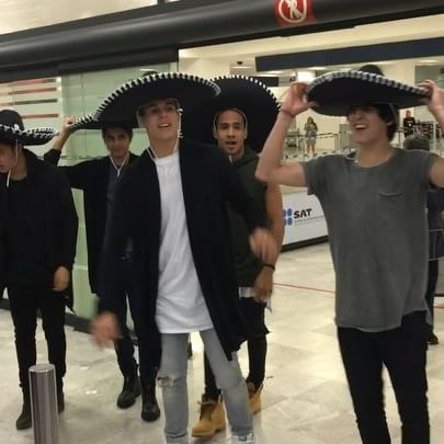 CNCO arrived to Mexico!!!
