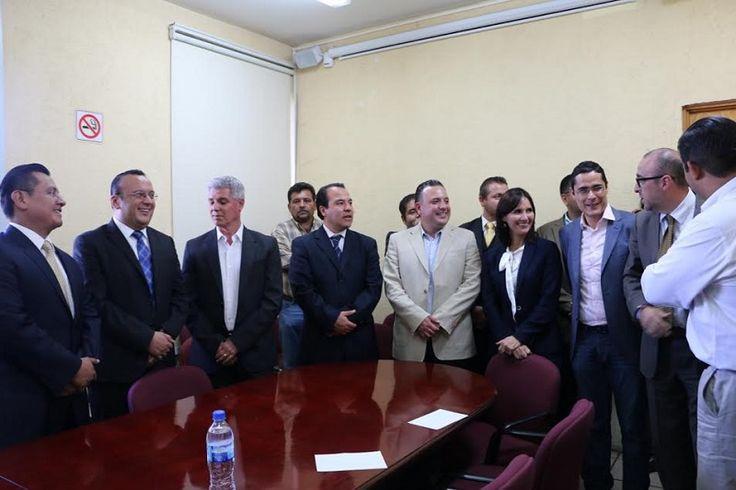 Los diputados expresaron su confianza en queAcción Nacional refrendará libre, limpia y democráticamente su victoria en Sahuayo, de la misma manera que se obtendrá un resultado favorable en el Distrito ...