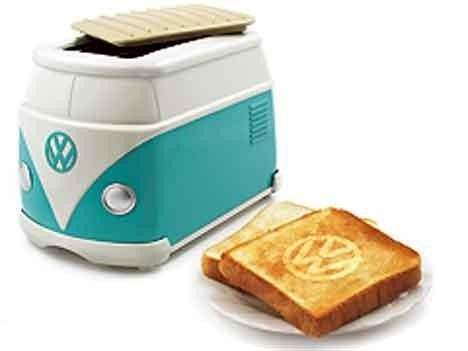 the Volkswagen Original Minibus Toaster is an official VW item that's not sold in retail stores, instead being offered by VW dealers in Japan