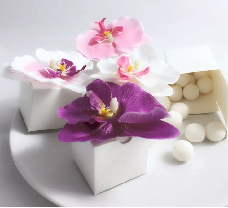 Orchids Favour Boxes http://www.ebay.co.uk/ulk/itm/252286522400