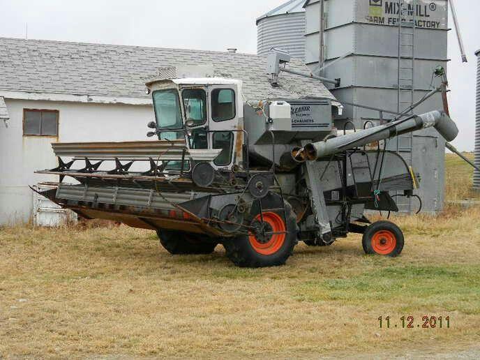 Gleaner E Combine : Best gleaner combines images on pinterest farming