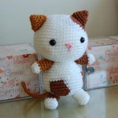Cute amigurumi cat.  Google Translake does a good job on this pattern.  котенок амигуруми схема вязания мастер класс