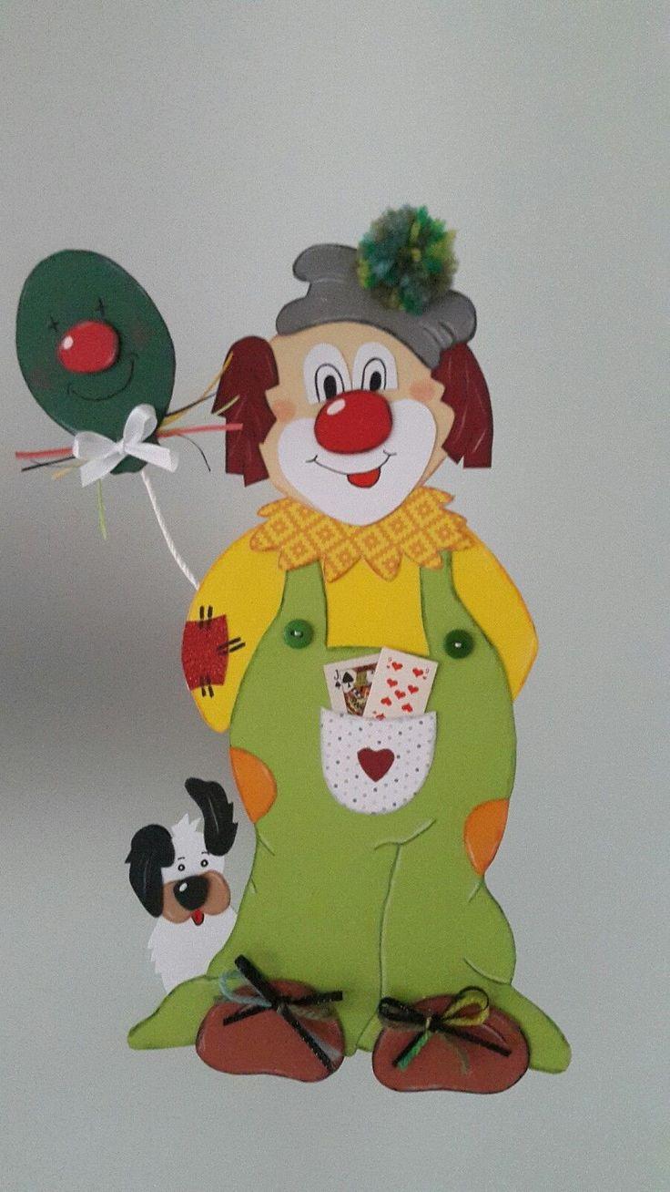 Die besten 25 karnevals dekorationen ideen auf pinterest zirkus dekorationen zirkusparty und - Fensterbilder karneval ...