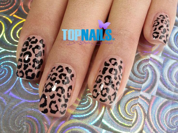 Uñas Acrílicas Animal Print Elegante  (Acrylic Nails Animal Print Elegant) Agregarme a tus amigas para más información. https://www.facebook.com/topnails.acrilicas www.topnails.cl ☎94243426, saludos Beatriz