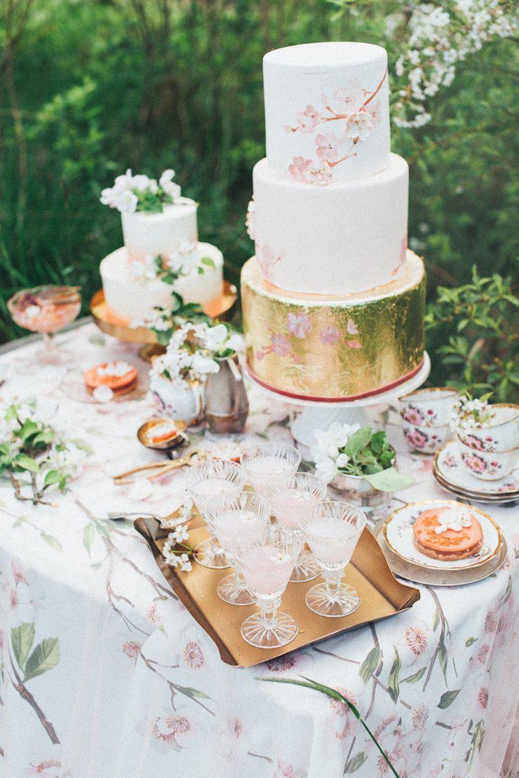 Wedding dessert table | Romantic Ethereal wedding inspiration { Fresh and Subtle Shades }  | read more on fabmood.com #weddinginspiration :