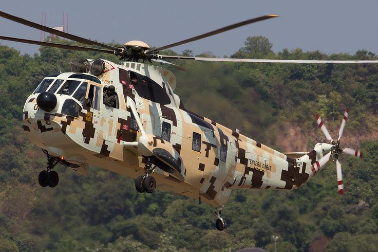https://flic.kr/p/PecXEV | M23-01, Sikorsky S-61 Malaysia Army @ Langkawi LGK LIMA2015