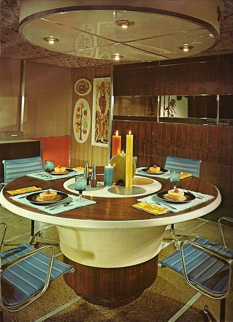 Dinner pod-y places-spaces