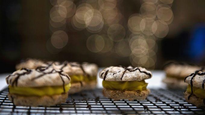 Den eneste julekaken du egentlig trenger å lage: Små suksesskaker med gul krem! - Kreative Idéer