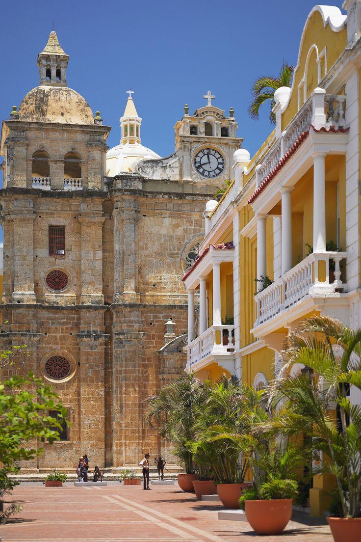 Disfruta de un buen #Vino mientras te deleitas del hermoso paisaje que te ofrece #Cartagena. Escríbenos a ventascartagena@vinosnobles.com o llámanos al 3176488131. #VinosNobles.