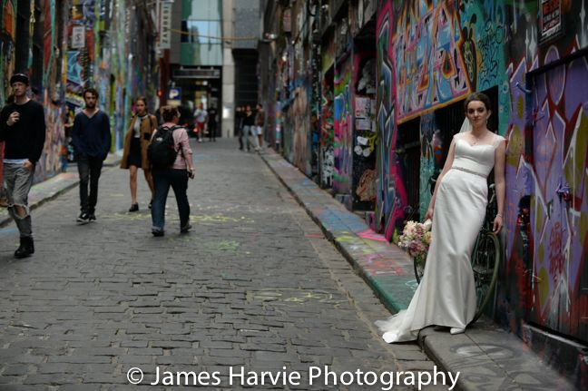 Hosier lane way Wedding photos: http://www.harviephotography.com.au