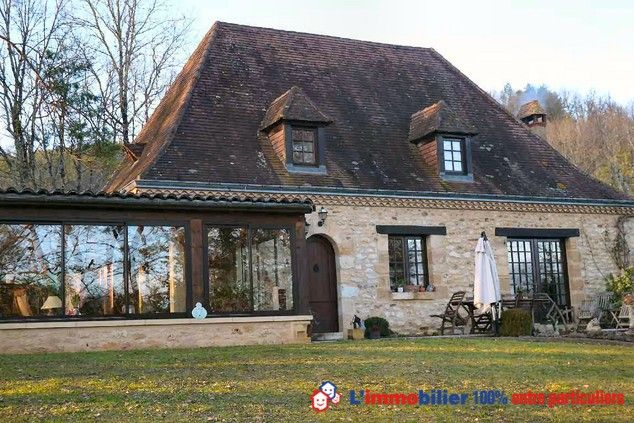 Vente en viager occupé, 2 têtes 71 et 72 ans, bouquet 53000 E, rente mensuelle 1300 E (Estimation 450.000E).Belle propriété périgourdine F5 édifiée sur sous sol intégral. Vue agréable, terrain boisé. Véranda, Prestations de qualités. #viager #maisonDordogne www.partenaire-europeen.fr/Annonces-Immobilieres/France/Aquitaine/Dordogne/Vente-Viager-F5-PLAZAC-1009433