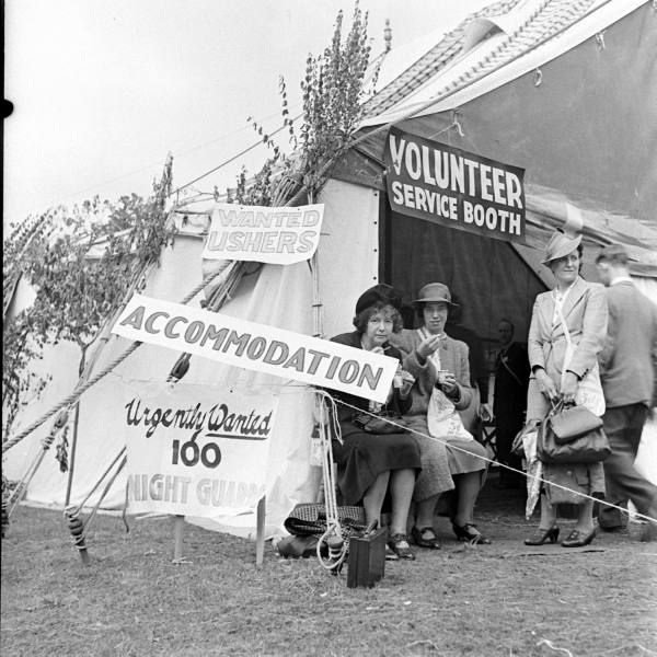 Jehovah Witness Convention Date:	September 1941 Photo by:	David E Scherman Size:	1280 x 1280 pixels (17.8 x 17.8 inches)