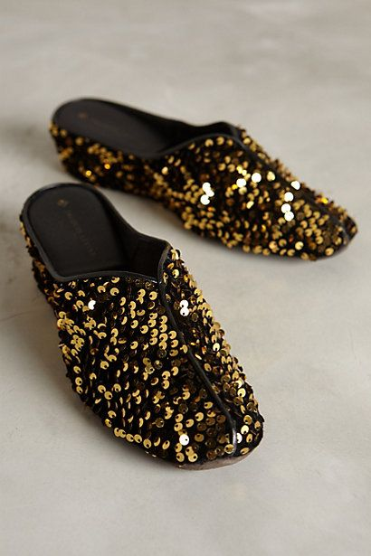 Gold sequin slides #anthrofave http://rstyle.me/n/r3fn5nyg6