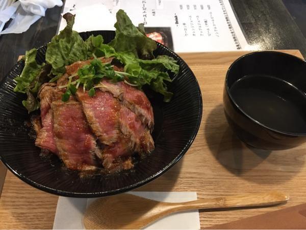 【便利なルート地図つき】姫路エリアの「一乃屋」は美味しい丼もののお店です。山陽姫路駅の近くでみんなでも、1人でふらっと使うのもオススメです。