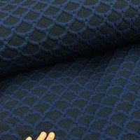 Jacquardstrik i mørk kongeblå med sorte dråber til en fed cardigan!