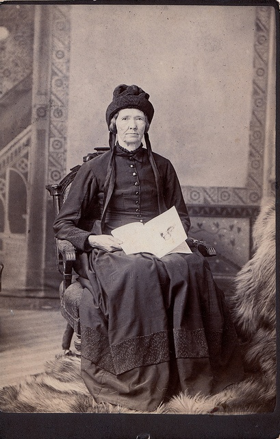 Canadian woman in Mourning, Unmarked Albumen Cabinet Card, Circa 1885.