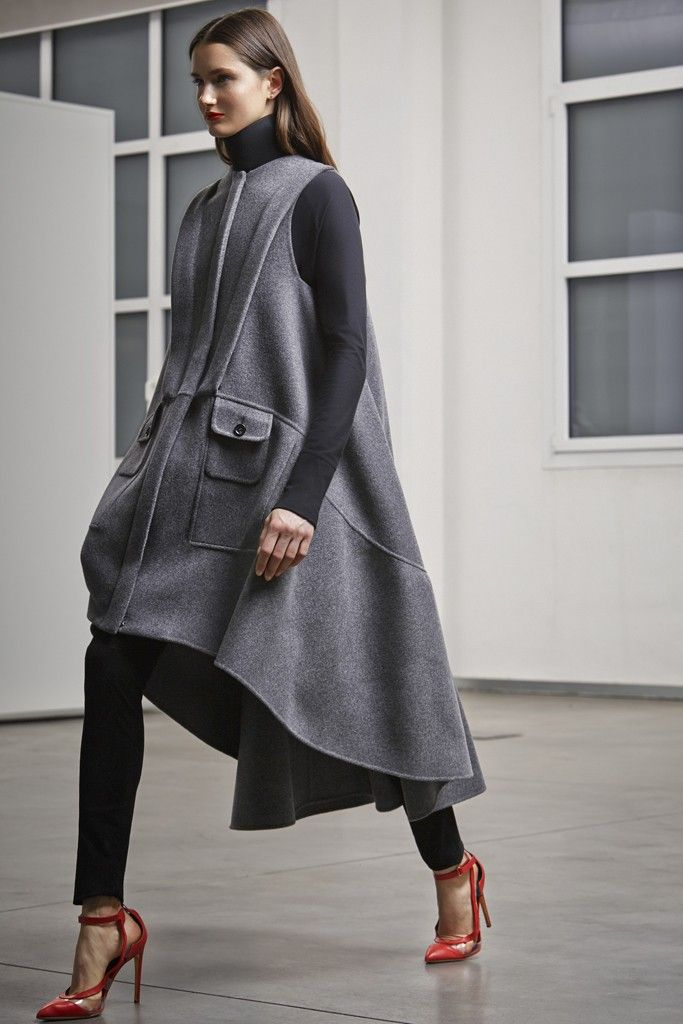 Antonio Berardi Pre-Fall 2014 - Slideshow - Runway, Fashion Week, Fashion Shows, Reviews and Fashion Images - WWD.com