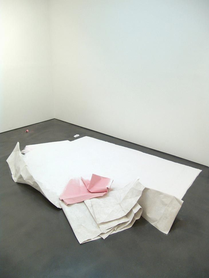 Karla Black  Causes Bend  2007  Plaster, sugar paper, chalk, fabric dye, towel.  34 x 330 x 210 cm