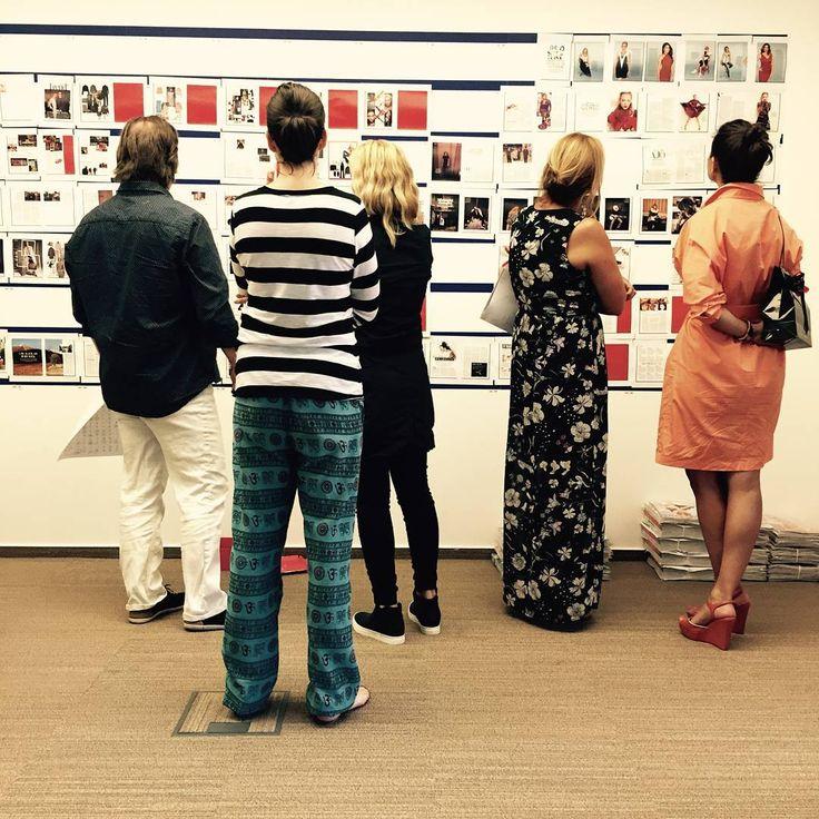 """""""Falmustra... közeledik a következő lapszám. :) #hotpages #marieclaire #officelife #wall #print"""""""