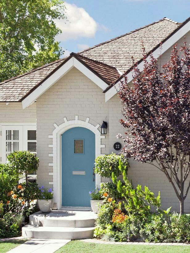 Color scheme dunn edwards brick riverbed trim swiss for Exterior paint colors arizona