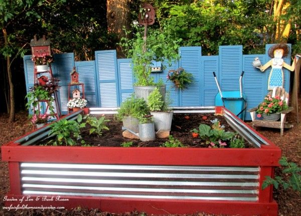 How to make a shutter fence and raised flower bed eclecticallyvintage.com