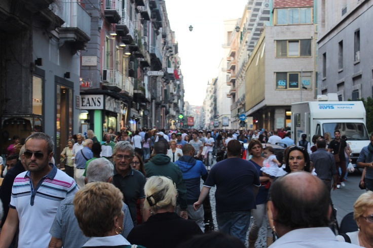 Naples - Saturday afternoon shopping downtown