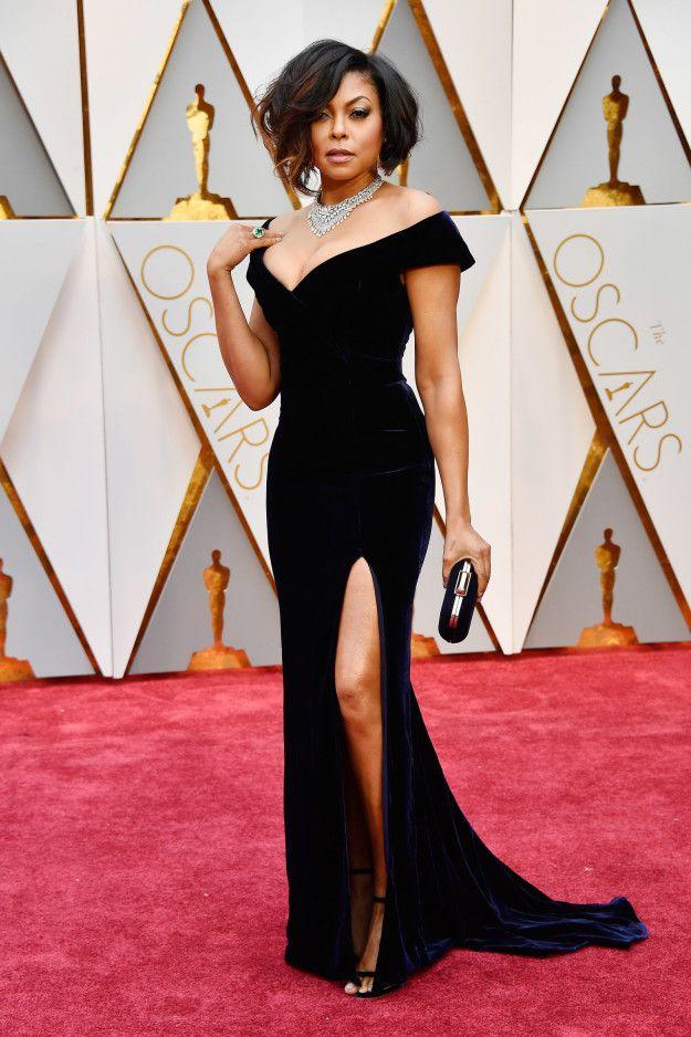 Taraji P Henson at the 2017 Oscars in navy velvet gown and killer diamond necklace