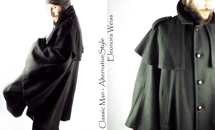 Alternative Style Mantella in loden con mantellina e alamari spalle