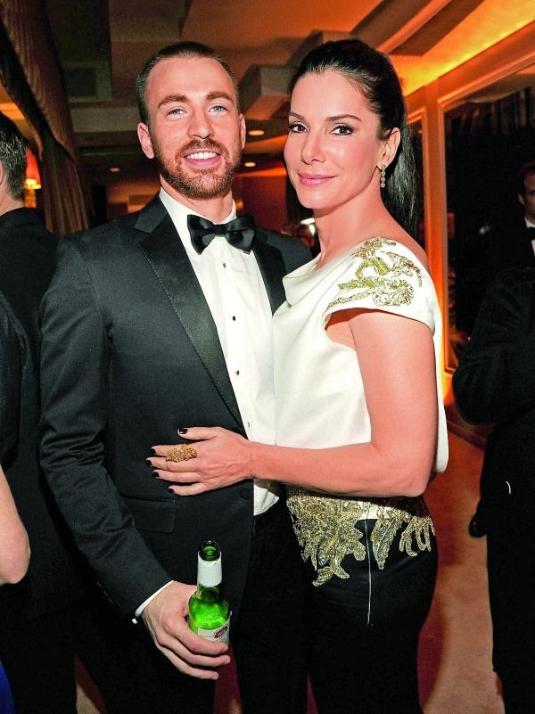 Chris Evans Girlfriend Traits - What Chris Evans Looks for in Dating Life