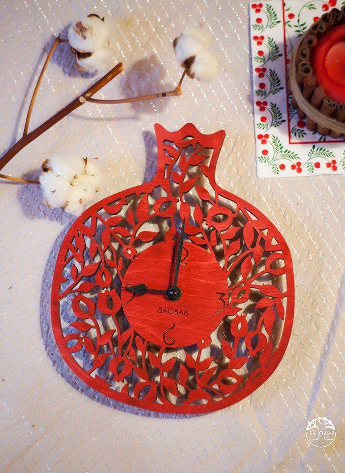"""Wooden wall clock """" MiniGranat"""" by BAOBAB"""