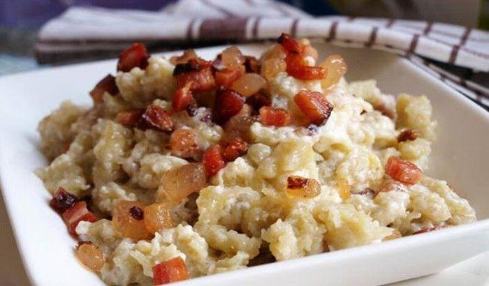 Máte rádi tradiční slovenské jídlo - halušky? Mňam!