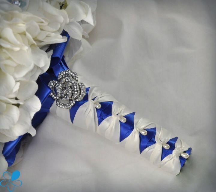 Sapphire Hydrangea - Blue Petyl Bouquets #blue #wedding #bouquet