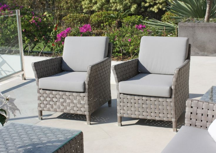 Cielo Furniture Set. Skyline design furniture set, perfectly crafted and woven Furniture set. #OutdoorFurnitureset #SkylineDesigns #CommercialFurniturSet #GardenFurnitureSet #GreyRattanFurnitureSet #GardenFurnitureSet #greyrattanset