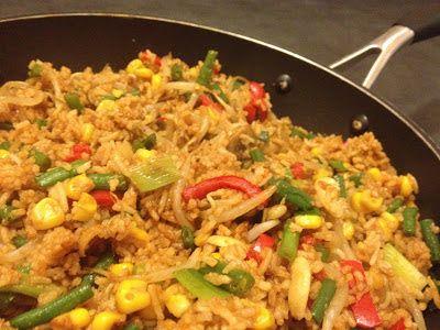 Co siedzi w garnku ?: Ryż z warzywami po chińsku